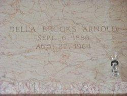Della <i>Brooks</i> Arnold
