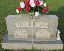 Bertha Mae <i>Isom</i> Curtis