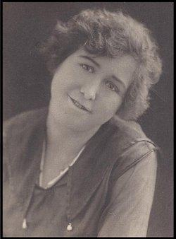 Eva Irena Irene <i>Hanes</i> Pierce