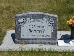 Christine <i>Lee</i> Bennett