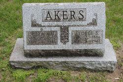 Urilla Mae Akers