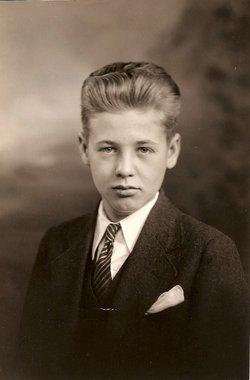 Robert Yvon Carstens
