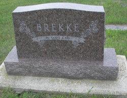 Rose <i>Minarik</i> Brekke