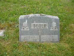 Evelyn <i>Lorenzen</i> Toter