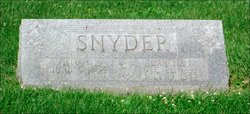 Cornelia L Snyder