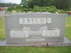 Roxie M Bright