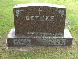 Katie R <i>Gross</i> Bethke
