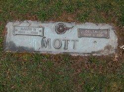 Delta Gertrude <i>Norris</i> Mott