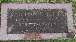 Anton Kiedis