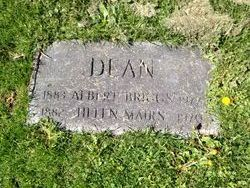 Helen Ray <i>Mairs</i> Dean