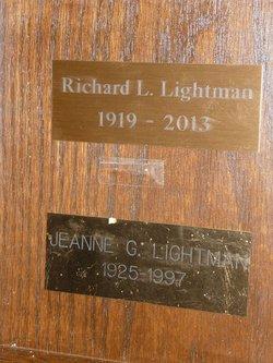 Jeanne <i>Garretson</i> Lightman