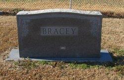 Pearl <i>Ellis</i> Bracey