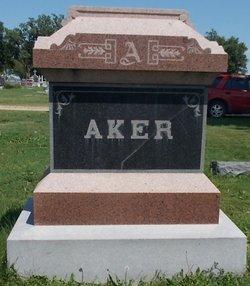 Louis W Aker