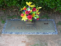 Edna Mae <i>Moore</i> Clements