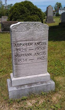 Maryann <i>Hidebrand</i> Angus