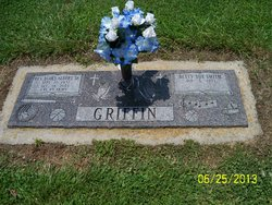 Betty Sue <i>Smith</i> Griffin
