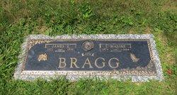 Lucille Maxine <i>Radcliff</i> Bragg
