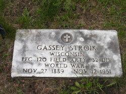 Gassey Casey Stroik