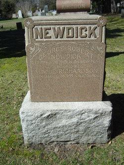 Minnie <i>Richardson</i> Newdick