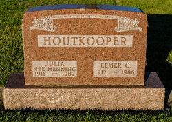 Julia <i>Menning</i> Houtkooper