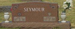 Lyle L Seymour
