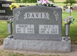 Lela F <i>Sholl</i> Davis