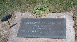 Robert W Darflinger