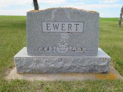 Regina <i>Guenther</i> Ewert