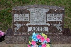 Mary Evelyn <i>Kuschel</i> Aker