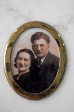 Lottie Siegel
