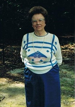 Esther Lee <i>Powell</i> McLawhon
