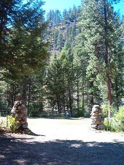 Yellow Pine Cemetery