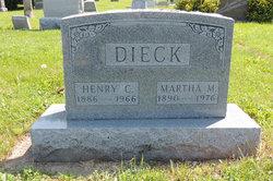 Martha M Dieck