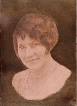 Dorothy Arline <i>Brobst</i> Esser