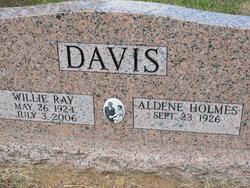 Willie Ray Davis
