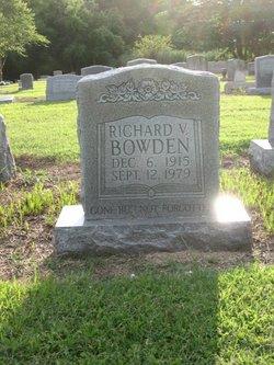 Richard V Bowden, Sr