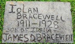 Iolan Bracewell