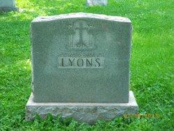 John Edward Eddie <i>Yearns</i> Lyons
