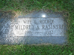 Mildred <i>Kwiatkowski</i> Rasinski