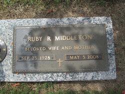 Ruby Lee <i>Ruth</i> Middleton