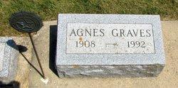 Agnes Bernice <i>Laufer</i> Graves