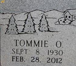 Tommie <i>O'Neal</i> Hall