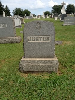 Rosalind R <i>Pumphrey</i> Justus
