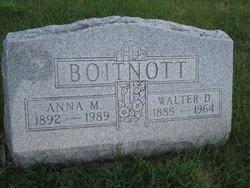 Anna M Boitnott