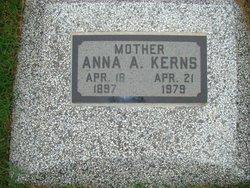 Anna Courtney Fisher <i>Henry</i> Kerns