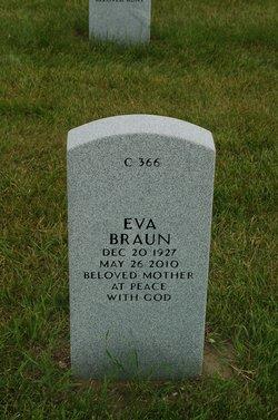 Eva <i>Hellman</i> Braun