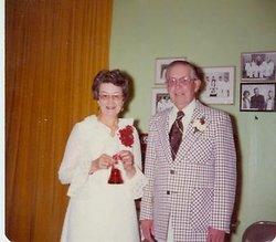 Lois Byrle <i>Kingsbury</i> Henschel