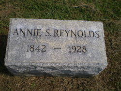 Annie <i>Smedley</i> Reynolds