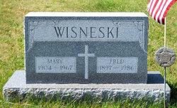 Mary Wisneski