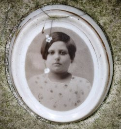Lora Battista